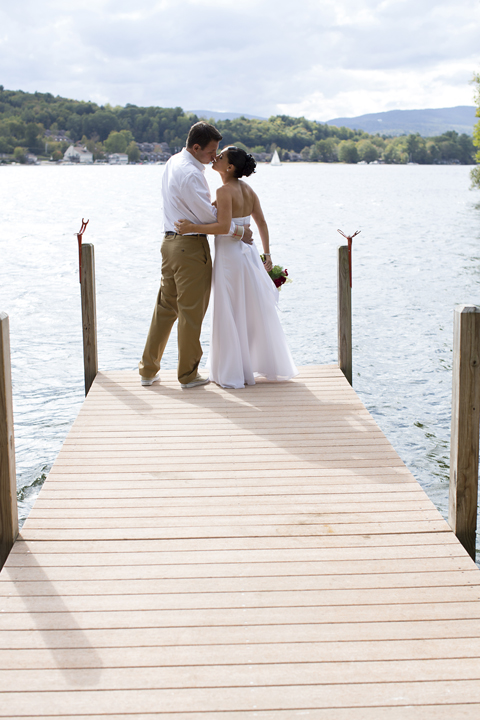 Bride & Groom Lakeside