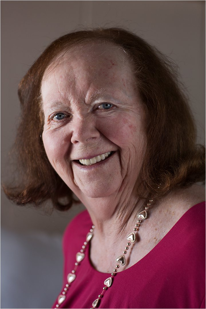 Lorraine (C) Maundy Mitchell