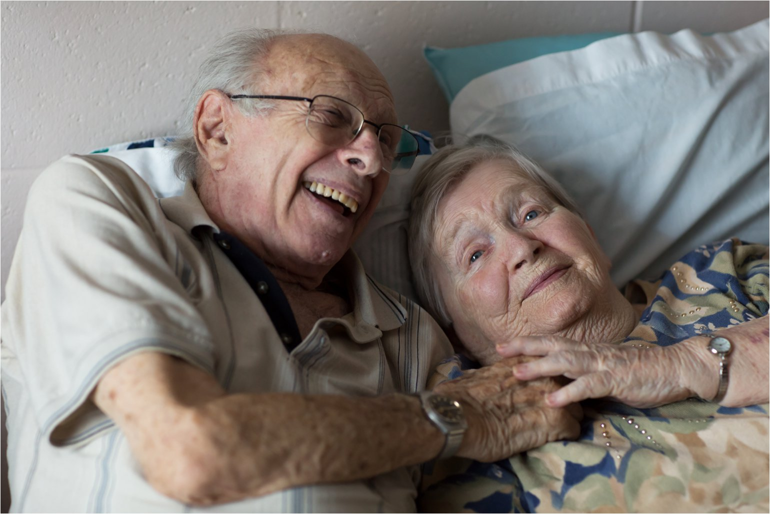 Elderly Couple Laughing (C) Maundy Mitchell