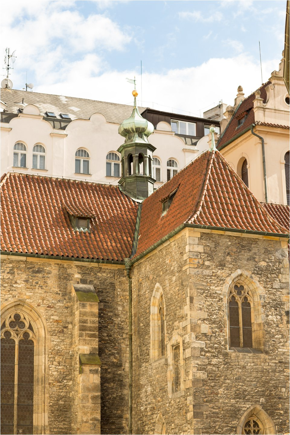 Church in Prague (C) Maundy Mitchell