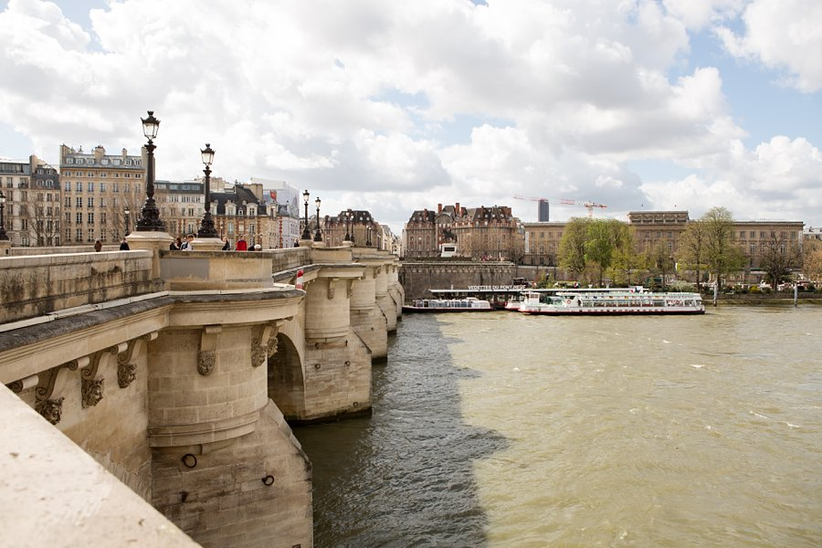 Bridge-River-Seine-in-Paris_0039.jpg