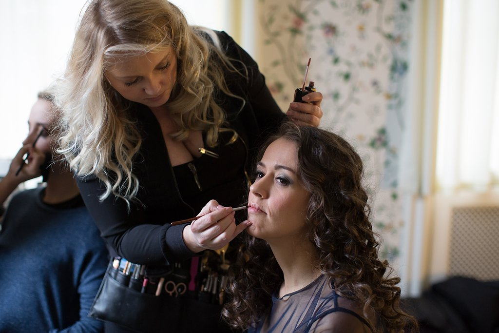 Behind the Scenes - Hair and Makeup - Oli_0001.jpg