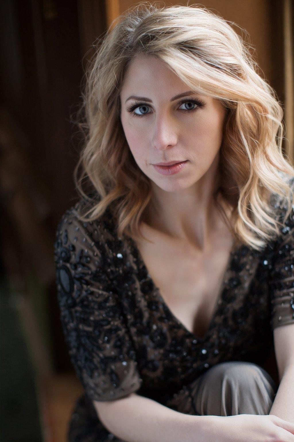 Portrait of Emily_0004.jpg