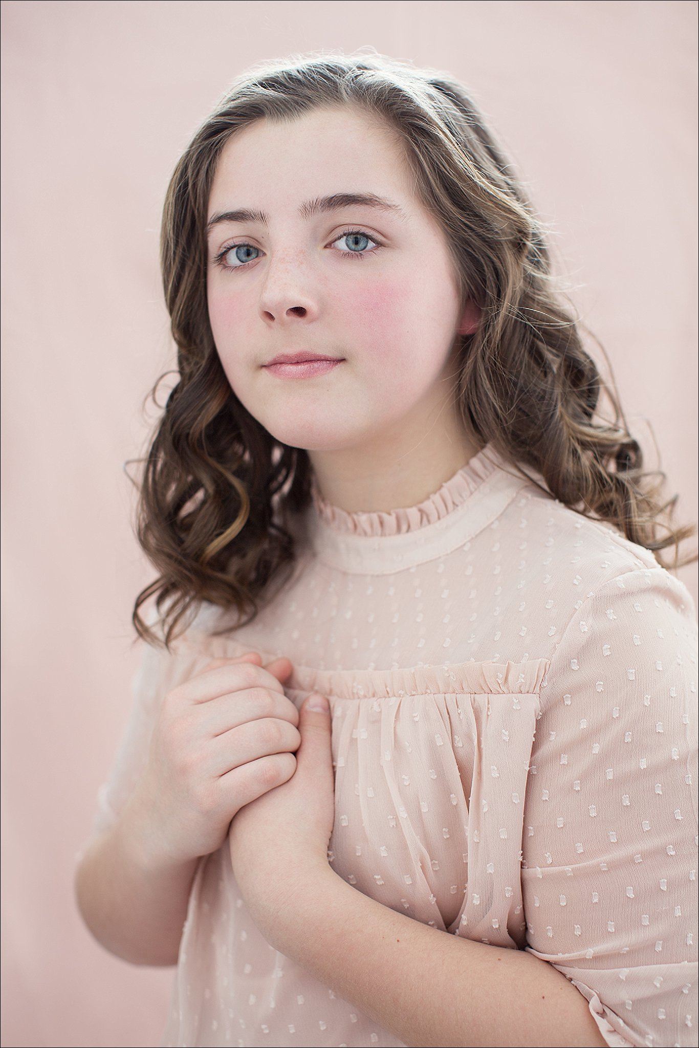 NH Children's Portrait - Aly in Pink_0030.jpg