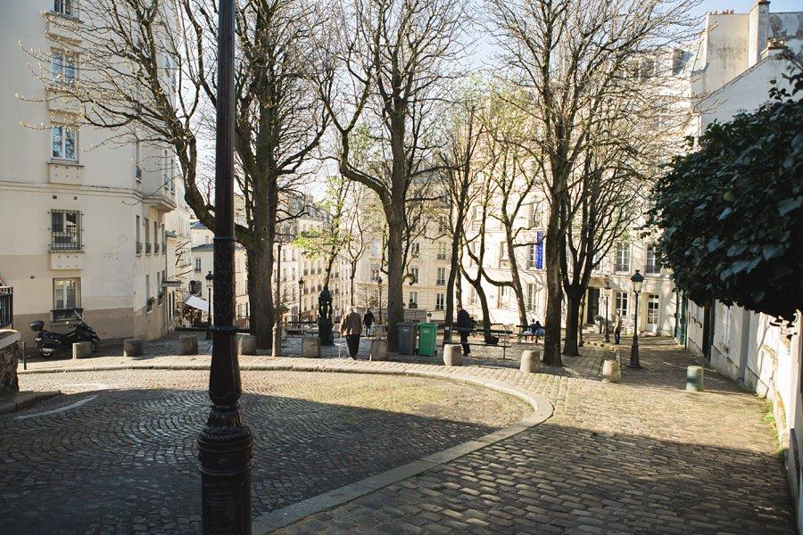 Eiffel-Tower-Montmartre-France_0002.jpg