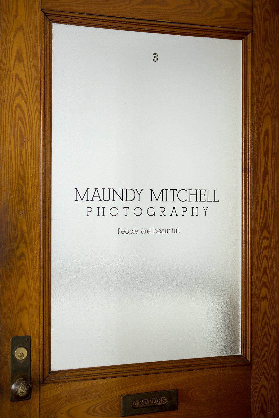 Maundy Mitchell Photography studio_0027.jpg