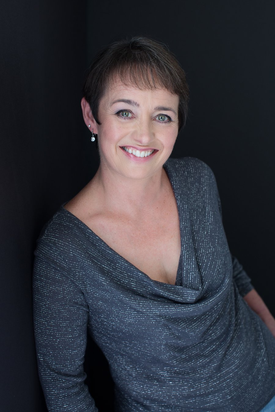 Portrait of Shirley in Gray Sweater_0010.jpg