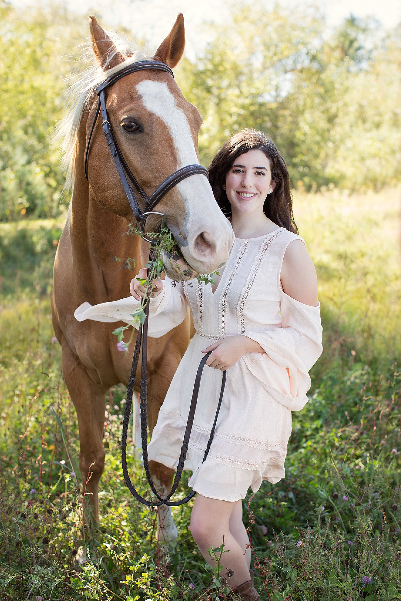 NH High School Senior Photo with Horse_0014.jpg