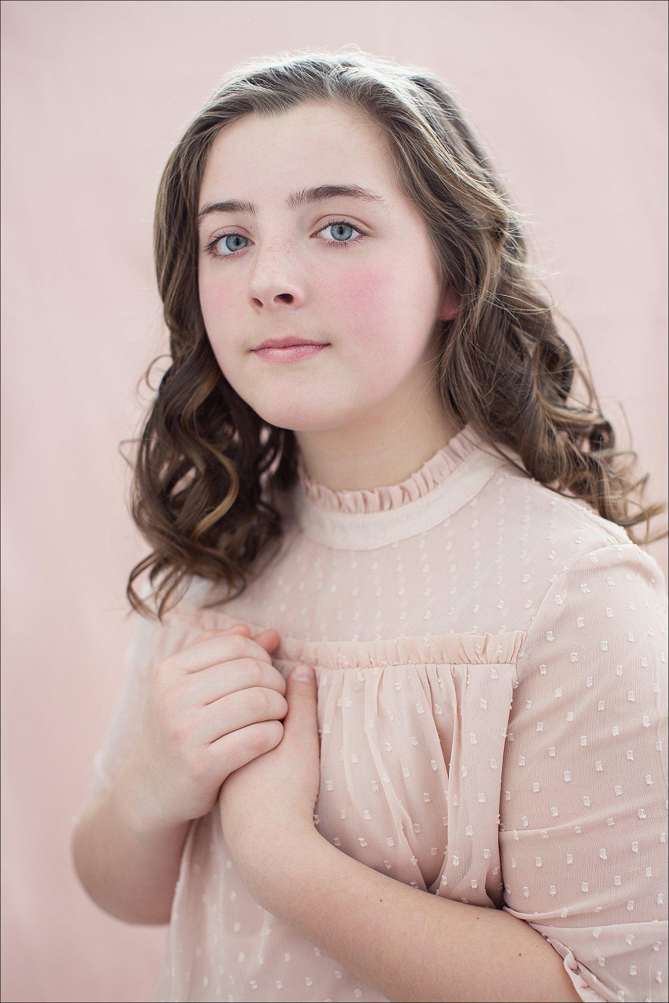 NH Children's Portrait - Aly in Pink_0030.jpg