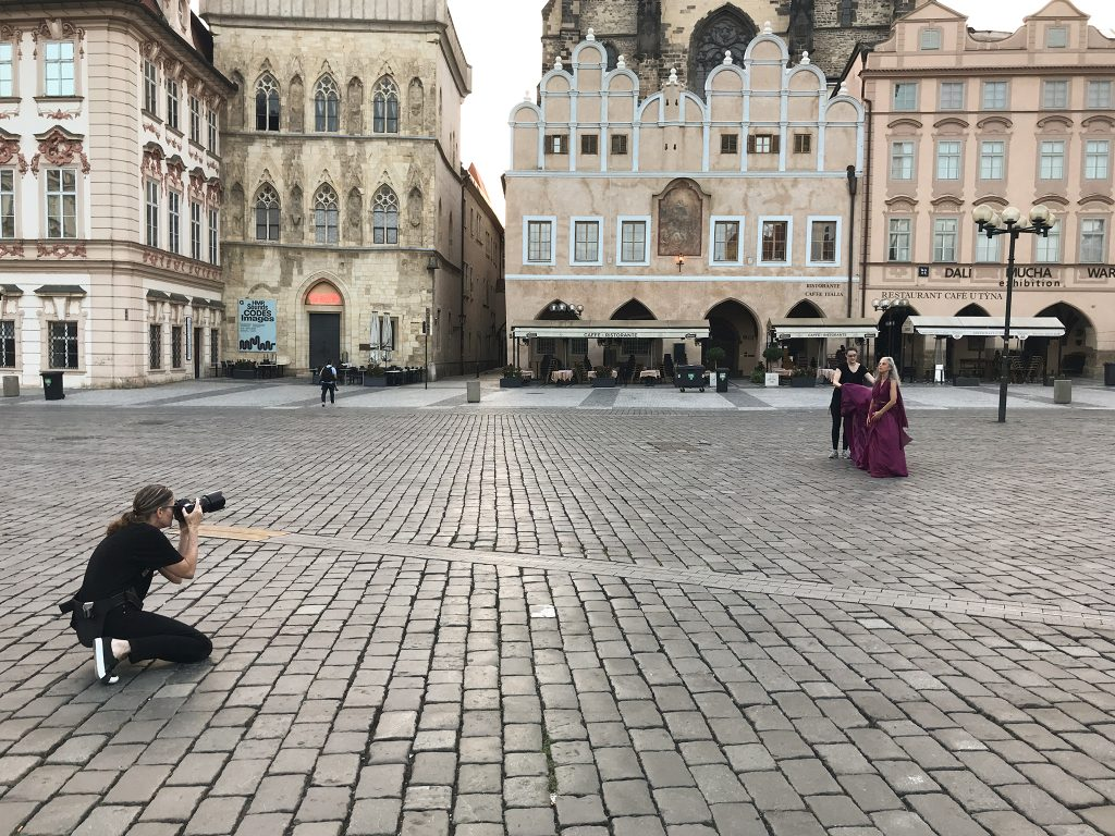 Behind-the-scenes, Old Town Square, Prague