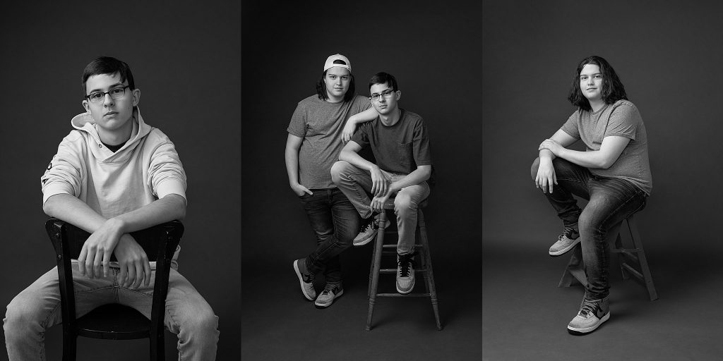 casual black and white portraits of teenage cousins
